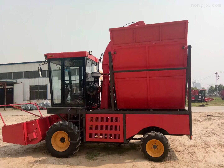 大型联合式的玉米秸秆青储收获机