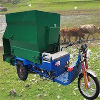 电动小型撒料车 养牛喂料车 三十秒喂100头