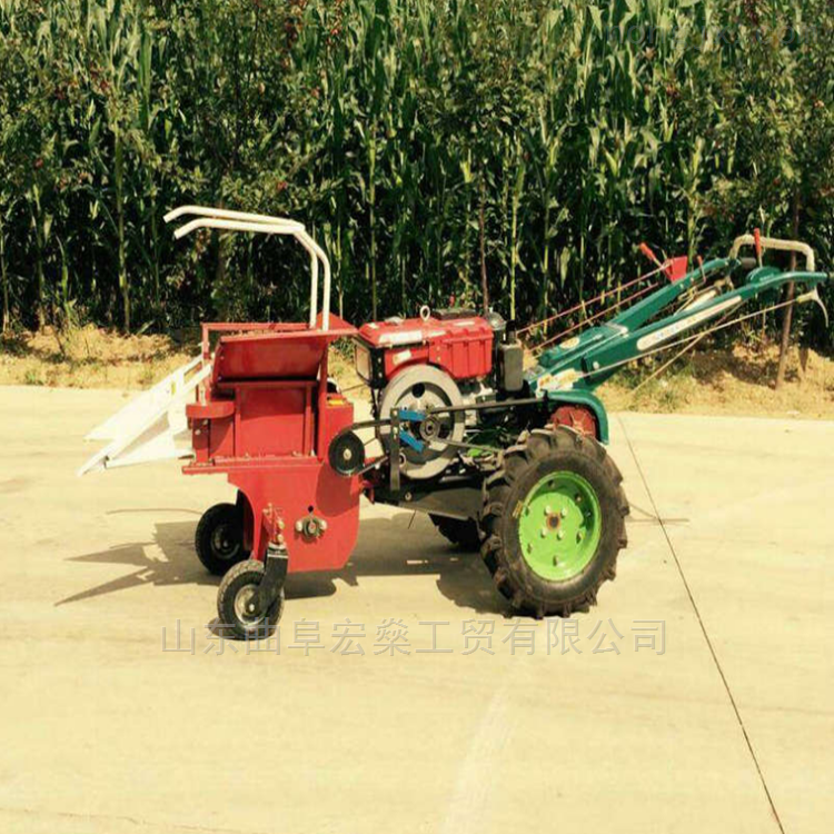 手扶拖拉机带单行玉米收获机 玉米收获机