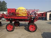 亚泰3吨自走式喷杆喷药机
